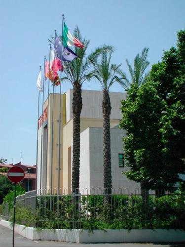 Fornitura di pennoni Serie Economy - cliente Hotel Sheraton.